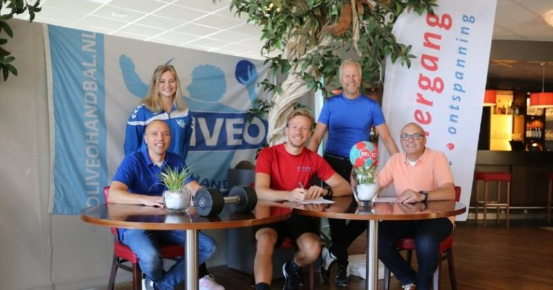 Sportcentrum de Viergang sportieve partner van Oliveo Handbal